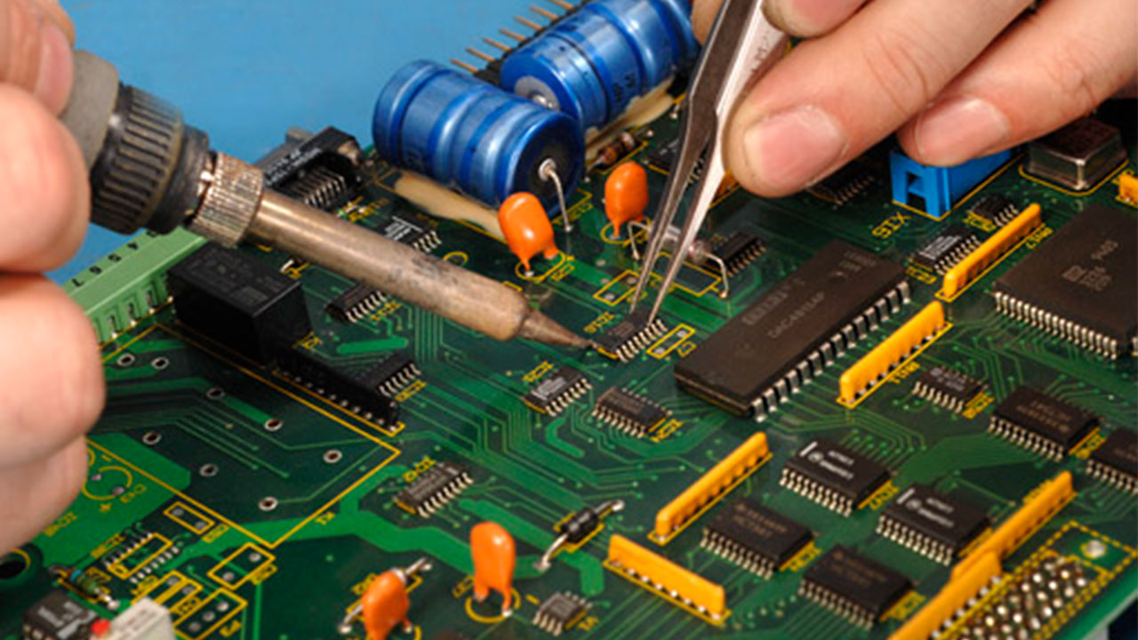 Salesandservice Gambier Electronics Electronic Circuit Board Repair Field Service Click Here To View The 4wd Repeater Towers Brochure Outback Repairing
